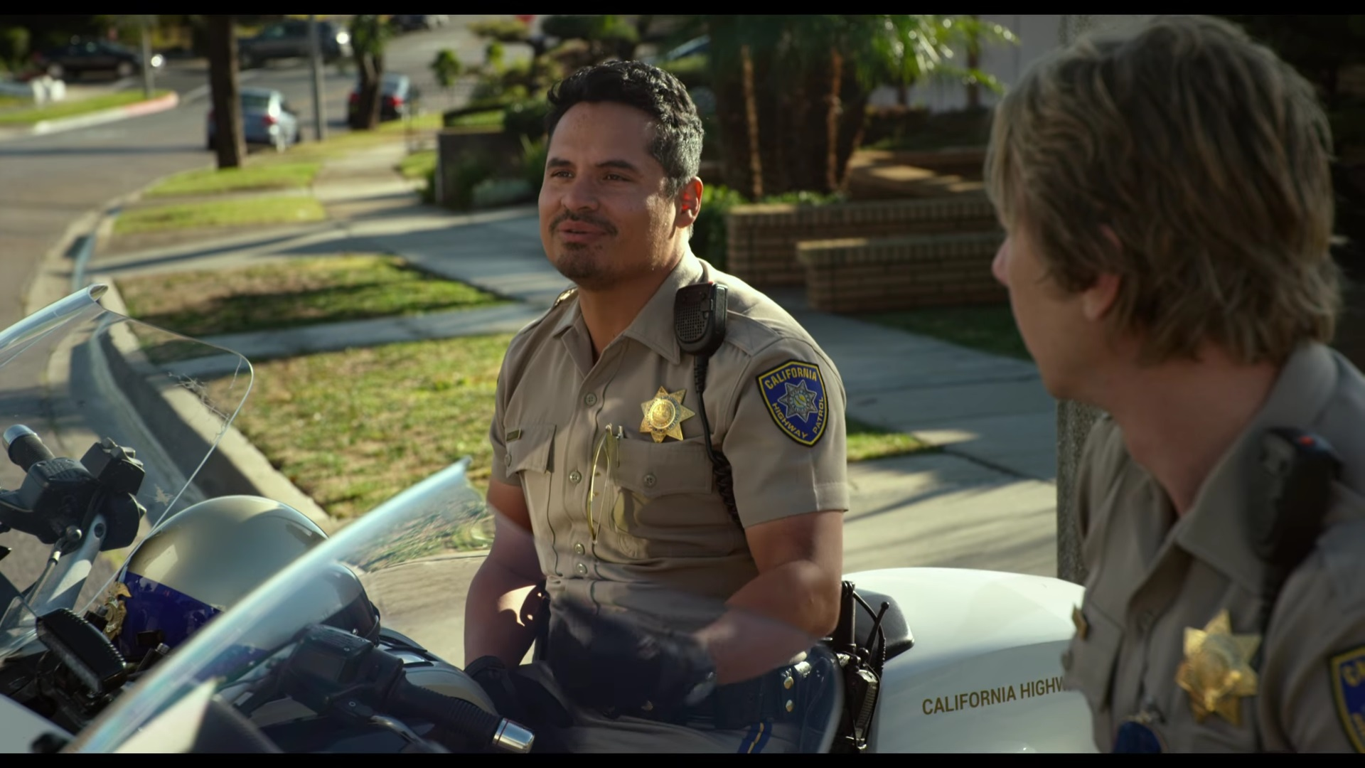 CHiPS: The Movie (W/D: Dax Shepard) S: Shepard, Peña, DOnofrio - Page 2 - DVD Talk Forum